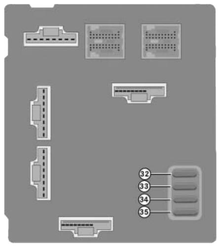 Блок предохранителей на приборной панели (задняя сторона)